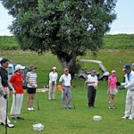 今年も、ご好評のゴルフ研修会を4月から開催します。初心者歓迎